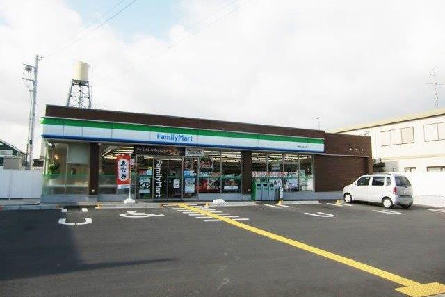 ファミリーマート男山 (1)